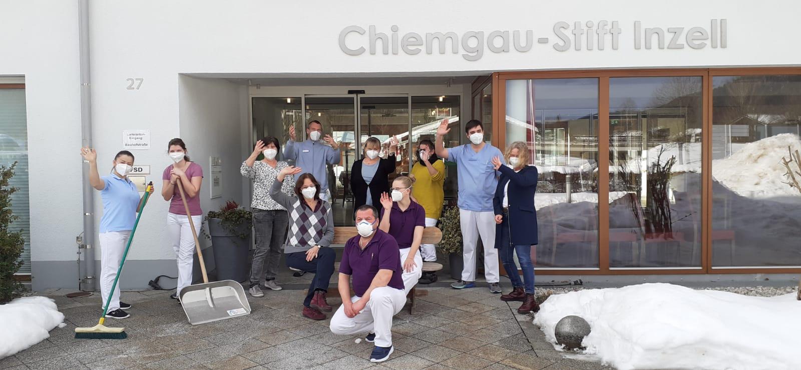 Das Chiemgau-Stift Team freut sich auf neue Kolleginnen und Kollegen. Deshalb jetzt bewerben!