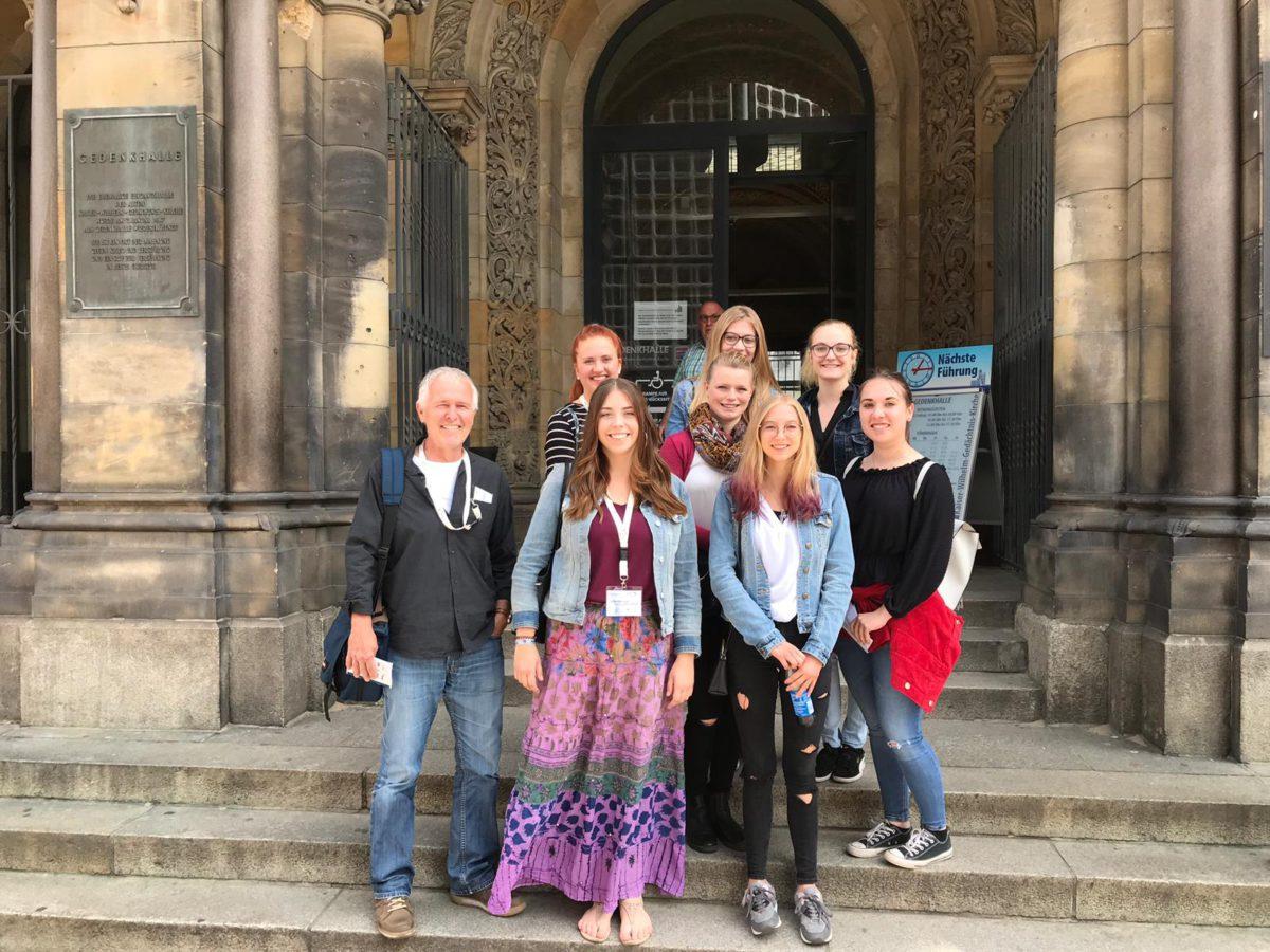 Die Würde Des Menschen Ist Unantastbar – Ein Rückblick Auf Den Jugendkongress 2019 In Berlin